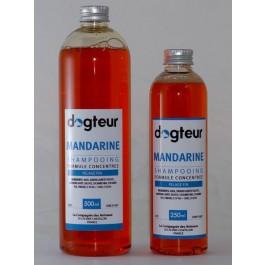 Offre Dogteur: 1 Shampooing PRO Dogteur Mandarine 10 L acheté = 1 gant de toilettage offert - La Compagnie Des Animaux