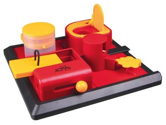 trixie dog activity poker box 2. Black Bedroom Furniture Sets. Home Design Ideas